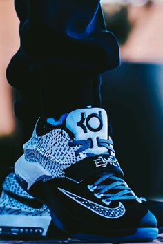 "Nike KD7 ""BHM"""