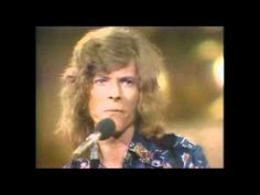 David Bowie - Space Oddity, Live, 1969 - YouTube