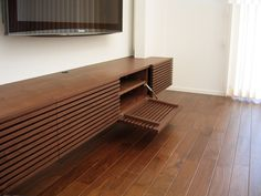 テレビボード Furniture Details, Home, Tv Wall Design, Minimalist Wood Furniture, Interior Furniture, House Interior, Tv Room Design, Furniture Design, Living Room Tv