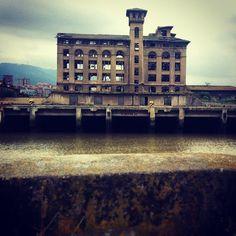 Inspiración Bilbao, Louvre, Building, Travel, Viajes, Buildings, Trips, Construction, Tourism