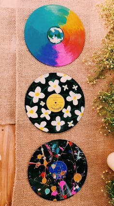 32 best inspiring cute DIY design ideas inspire - Effektive Bilder, d Diy Design, Design Ideas, Vinyl Record Art, Vinyl Art, Aesthetic Room Decor, Aesthetic Art, Aesthetic Bedrooms, Aesthetic Drawings, Aesthetic Black