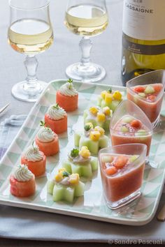 (French) - Appetizer freshness for a wine Gascogne (ceviche, gazpacho and watermelon) Ceviche, Appetizers For Party, Appetizer Recipes, Fruit Appetizers, Gazpacho, Appetisers, Food Presentation, I Love Food, Food Porn