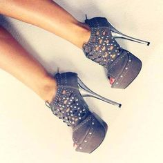 ~Adorable Rounded Heels #62~ To Cute should be Illegal <3 Repin <3  ,Share <3  Love <3  -CheyNikki #AdorableRoundedHeels<3