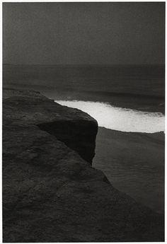 Paulo Nozolino . broken wave, Sagres, 1984