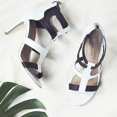 Intimidated by a head-to-toe colorblock look? Try colorblock heels.