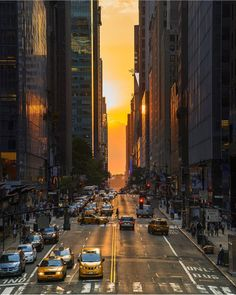 New York City Feelings - Nothing beats a sunset in New a York City by @thewilliamanderson