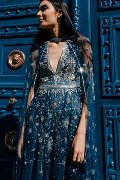 The Fashion Dish — Olga Malyarova Haute Couture Peacock Dress Pretty Outfits, Pretty Dresses, Beautiful Dresses, Cape Dress, Dress Up, Fashion Week, High Fashion, Fashion Blogs, Fashion Ideas