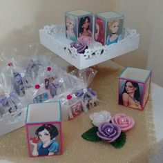 Decoração e Lembrancinhas para Aniversário tema Princesas Disney.