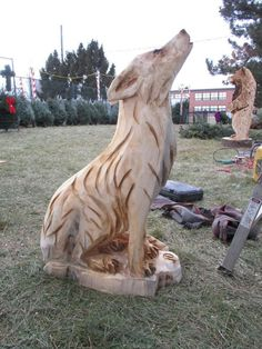 Most current Totally Free holzarbeiten eule Popular , , Wood Carving Designs, Wood Carving Art, Wood Art, Creative Artwork, Cool Artwork, Wolf Sculpture, Chainsaw Wood Carving, Tree Carving, Got Wood