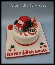 Birthday learner driver cake x 17 Birthday Cake, 17th Birthday, Small Cake, Celebration Cakes, Amazing Cakes, Cake Ideas, Cake Decorating, 18th, Cupcakes