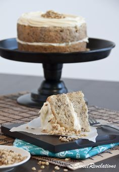 Banana bread cake with cream cheese frosting