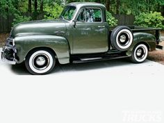'55 Chevy 3100 || Green 1955 Chevrolet Pick-up Truck with white wall tires