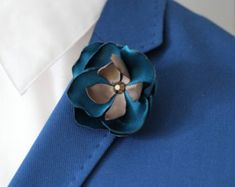 Teal flower lapel pin, Mens lapel flower Boutonniere, satin Lapel Flower pin, grooms flower boutonniere, flower lapel pin, groomsmen gift