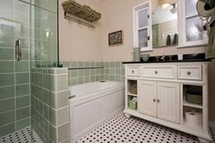 View our gallery of featured vintage style bathrooms. One Week Bath, designing beautiful custom bathrooms in Southern California since 1999.