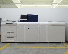 Hochleistungsdrucker Xerox Nuvera 144EA - Digitale Laserdrucker Xerox und Samsung - Karner & Dechow - Auktionen Samsung, Desk, Furniture, Home Decor, Laser Printer, Auction, Printing, Desktop, Decoration Home