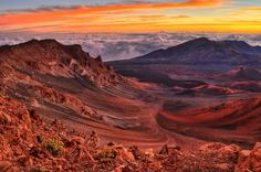 @Hawaii / Haleakala Haleakala is the highest peak of Maui in the second biggest island of Hawaii. A splendid scene of sun rising over the huge crater which makes whole the mountain golden gleam appears every morning. The beginning of your trip!  http://earthtory.com/