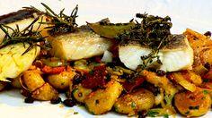 Bacalhau Confitado com Batatas ao Murro
