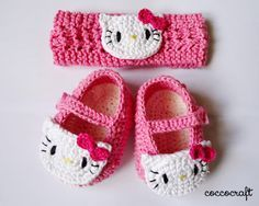FREE Crochet Pattern - Hello Kitty Shoes and Head ...