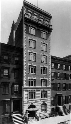I spent several miserable nights there in Born the Hotel Earle in 1902 as a small 8 story residential hotel in New Yorks fashionable Greenwich Village - Wurts Bros. Collection - The Museum of the City Of New York Washington Square, Greenwich Village, Bob Dylan, Museum, New York, Night, City, Building, Places