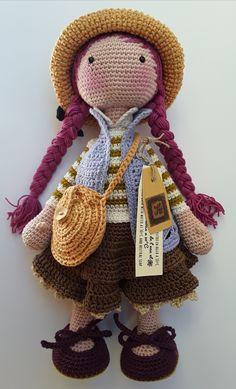 Lavanda, kaki y trenzas color magenta. Free Crochet Bag, Crochet Dolls Free Patterns, Crochet Doll Pattern, Crochet Art, Amigurumi Patterns, Crochet Crafts, Doll Patterns, Crochet Toys, Crochet Projects