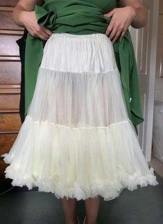 Kilt Skirt, Dress Skirt, Petticoats, Kilts, Tulle, Vintage Fashion, Slip On, Beautiful, Beauty