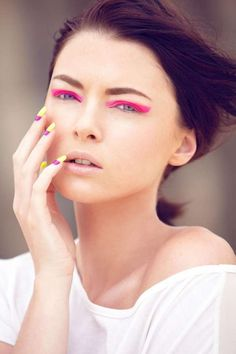 Neon Beauty Photoshoots - Tara by 35mm Fashion Photography is Made Up with Bright Pink Eyeshadow (GALLERY)