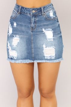 Love Me Now Denim Skirt - Medium Wash - my style/outfit ideas❤️ - Denim Fashion Khaki Jeans, Jeans Rock, Casual Jeans, Casual Sweaters, Outfit Jeans, Jean Skirt Outfits, Modest Outfits, Guy Outfits, Golf Outfit