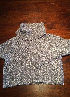 Kaufe meinen Artikel bei #Mamikreisel http://www.mamikreisel.de/kleidung-fur-madchen/rollkragenpullover/31542144-pullover-von-soliver-in-140-s