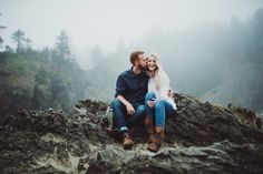 A perfectly PNW engagement session with Josiah and Marisa! Check out all the photos from the shoot at www.FetzerStudio.com!