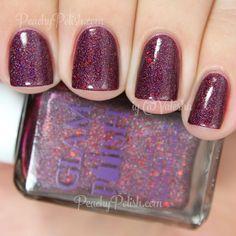 Pretty burgundy, shimmery nails. (by @valesha on IG)