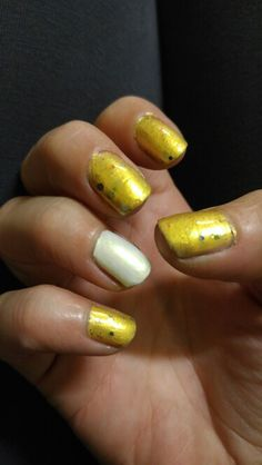 Pineapples have peelings too with Fireflies accent nail