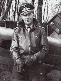 16 September 1940 worldwartwo.filminspector.com Luftwaffe pilot Hauptmann…