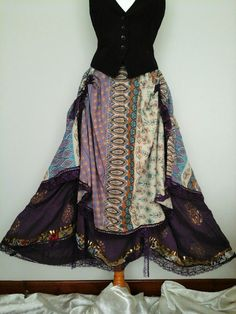 QUIRKY PATCHWORK HITCH SKIRT GOTH WICCA LAGENLOOK PEASANT  GYPSY HIPPY  1 ONLY