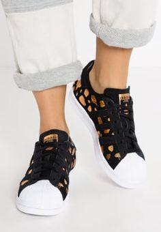 Sneakers adidas Originals SUPERSTAR - Sneakers laag - core black/metallic silver Zwart: € 99,95 Bij Zalando (op 25-9-16). Gratis bezorging & retournering, snelle levering en veilig betalen!