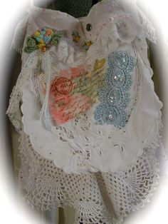 CUTE WHITE BAG, linen fabric handbag, shabby n chic, lace embellished, victorian romantic, Small