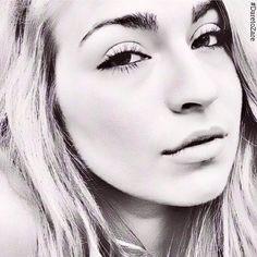 """Unreal Artwork By @ashleypaintsartist Of #ZařeBeauty @mscatherineann   @Zareltd   #DareToZaře   #glow #beauty #skin #skincare #healthy #natural #nomakeup #photooftheday #nomakeupselfie #eyes #smile #pretty #DareToZare #daretobare #selfie #hair #honest #love #beautiful #art #photo #sketch #drawing"" Photo taken by @zarebeauty on Instagram, pinned via the InstaPin iOS App! http://www.instapinapp.com (01/06/2015)"