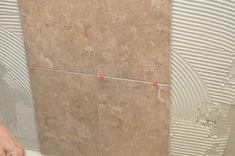 Resultado de imagen para 3 rows of wall niches Bathroom Plumbing, Bathroom Flooring, Garage Gym Flooring, Shower Remodel, Remodel Bathroom, Bathroom Renovations, Basement Remodeling, Tile Installation, Wall Niches
