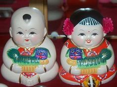 clay figures china zhang - Google Search Chinese Figurines, Chinese Babies, Wuxi, Propaganda Art, Girls Together, Clay Figurine, Clay Dolls, Gods And Goddesses, Folk