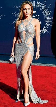 Jennifer Lopez introduces ex-baseball star Alex Rodriguez to her mother