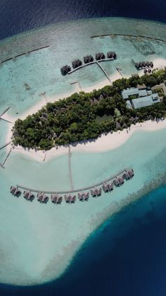 Seriously amazing pics of Maldives Islands, as seen from a drone! / A Globe Well Travelled
