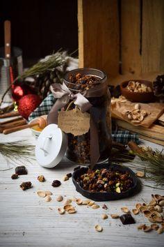 Edible Gifting Week #4: Dark Chocolate, Cranberry, & Pistachio Granola