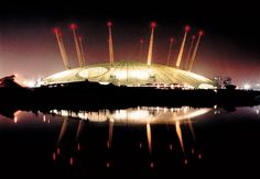 Millenum Dome, London = Richard Rogers + Architects Creative Architecture, Amazing Architecture, Interior Architecture, Richard Rodgers, Building Materials, Buildings, Places To Visit, Designers, Clouds