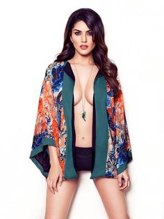 Our sexy dealer! Come play with her at http://www.sl3p.in  #TPwithSunny @SunnyLeone #SunnyLeone #Teenpatti