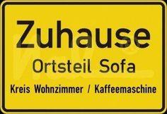 Zuhause - Ortsteil Sofa - Kreis Wohnzimmer / Kaffeemaschine
