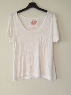 951287a59d2ce Womems Size 12 White Short Sleeve Casual T Shirt  fashion  clothing  shoes