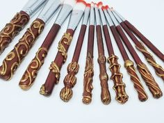 Harry Potter Inspired Makeup Brushes - ULTIMATE Gryffindor 12 pack - Maroon and Gold