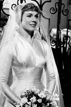 3f48f6e00d975 Best Movie Wedding Gowns - Amazing Bridal Gowns From Movie Brides Figurino
