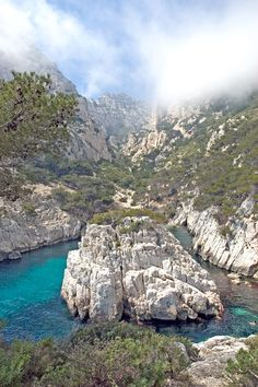 france  : calanques de Marseille -