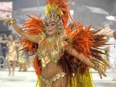 Cool Pictures, Funny Pictures, Crazy Pictures, Weird Pictures and Videos updated daily. Carnival Outfits, Rio Carnival, Carnival Costumes, Mind Blowing Pictures, Weird Pictures, Samba Costume, Picture Video, Photo And Video, Bali Fashion
