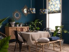 A retropical dining room – Joli Place Source by JoliPlace Dining Room Colors, Design Your Life, Dinning Table, My Dream Home, Home Projects, Outdoor Furniture Sets, Sweet Home, Room Decor, Living Room